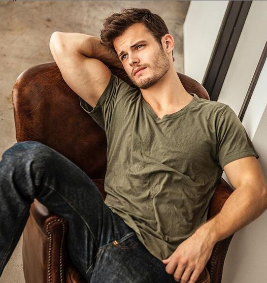 Michael Mealor Age, Net Worth, Height, Wife, Dating, Wiki, Bio