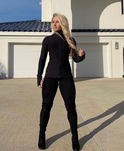 Carriejune Bowlby Age, Bio, Wiki, Divorce, Workout, Steroids, Steve Ace